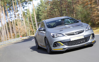 02/2014 Opel Astra OPC Extreme Fahrbericht