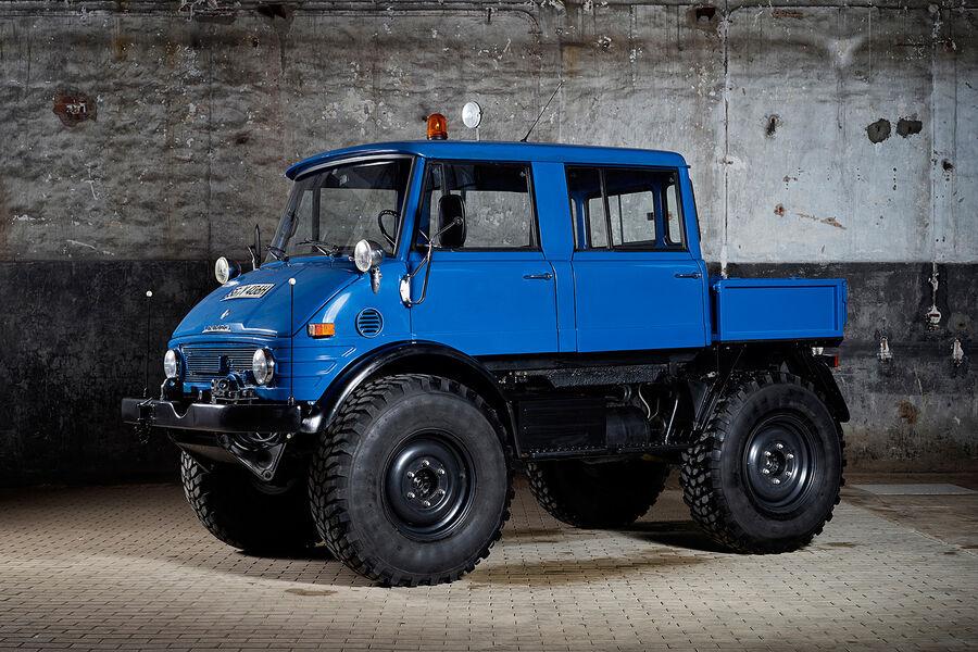 300 SL  600er  E 500  Unimog  DTM-Renner - AUTO MOTOR UND SPORTUnimog U5000 Doka