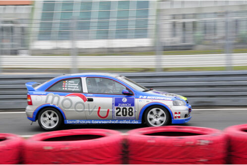 24h-Rennen-Nuerburgring-2010-f498x333-F4F4F2-C-b2fc1004-347745.jpg