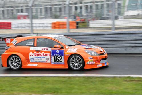 24h-Rennen-Nuerburgring-2010-f498x333-F4F4F2-C-f3ae3789-347680.jpg