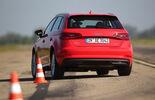 Audi A3 Sportback e-tron, Heckansicht, Slalom