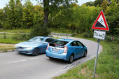BMW Active Hybrid 3, Toyota Prius Plug-in Hybrid, Seitenansicht