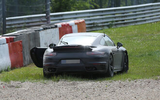 Erlkönig Porsche 911 Turbo Facelift Crash