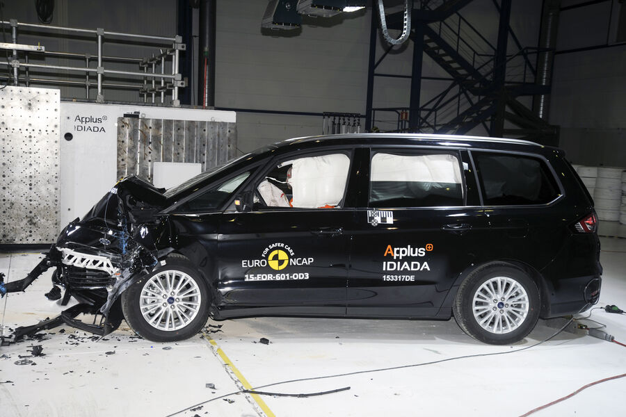 ford galaxy schafft 5 sterne im euroncap crashtest auto motor und sport. Black Bedroom Furniture Sets. Home Design Ideas