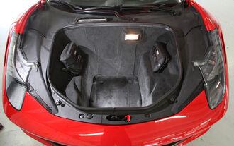 Ferrari 458 Italia, Kofferraum