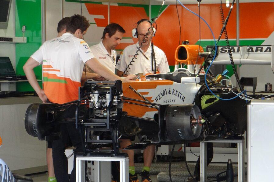 Force-India-Formel-1-GP-Abu-Dhabi-01-November-2012-19-fotoshowImageNew-61b0b3c5-641576.jpg