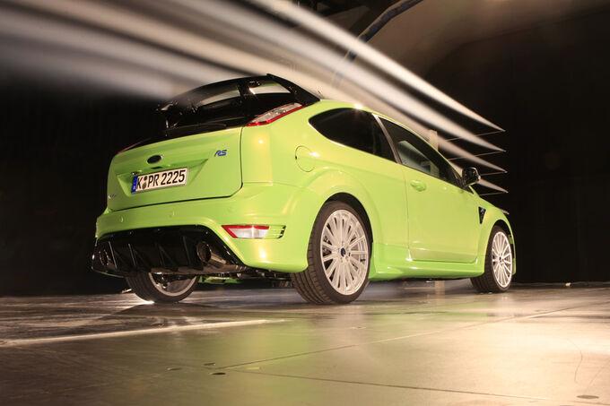 [Bild: Ford-Focus-RS-fotoshowImage-f95bf2fd-255720.jpg]