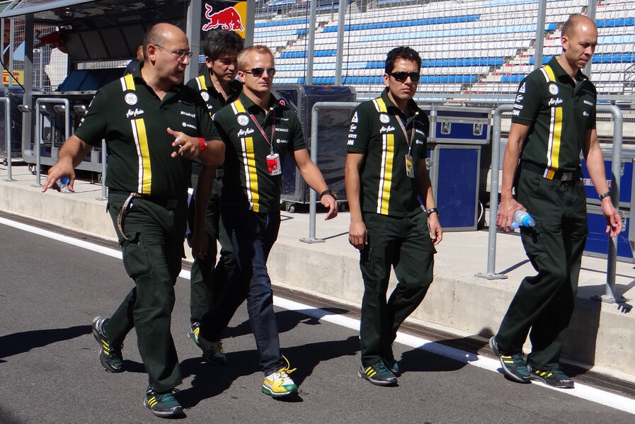 Heikki-Kovalainen-Caterham-Formel-1-GP-Korea-11-Oktober-2012-19-fotoshowImageNew-ba1b24cd-636368.jpg