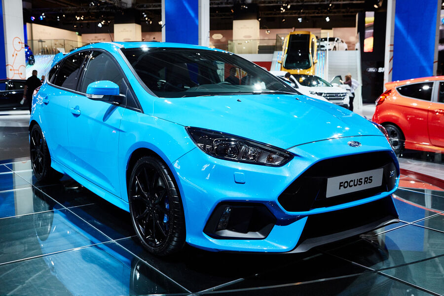 neuer ford focus rs 2015 auf der iaa allradantrieb und. Black Bedroom Furniture Sets. Home Design Ideas