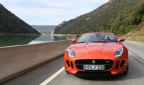 Jaguar F-Type S, Frontansicht, Khlergrill