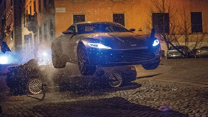 James-Bond-Stunts, Impression, Spectre, Bond-Cars