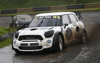 Probefahrt im RallyCross-Auto
