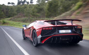 Lamborghini Aventador SV 2015, Heck, Fahrt