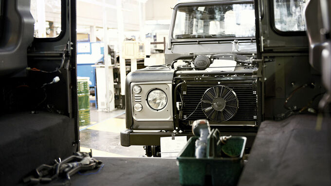Land Rover Defender Production Solihull 4wf
