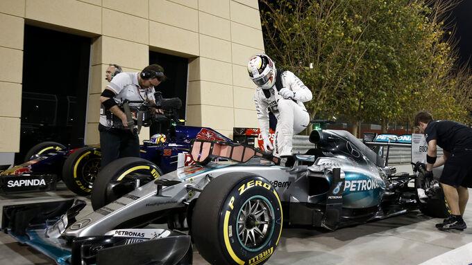 Hamilton auf Pole