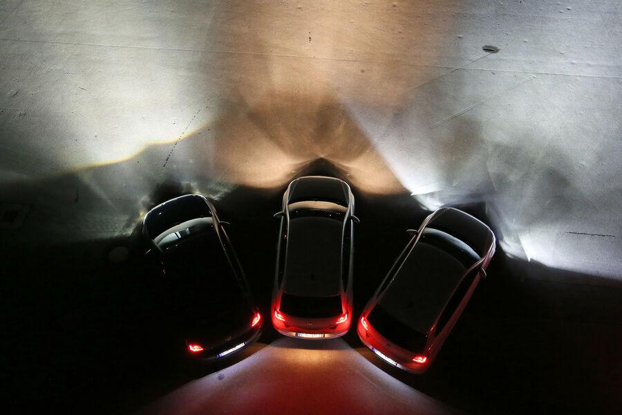 lichttest scheinwerfersysteme led xenon halogen oder laser auto motor und sport. Black Bedroom Furniture Sets. Home Design Ideas