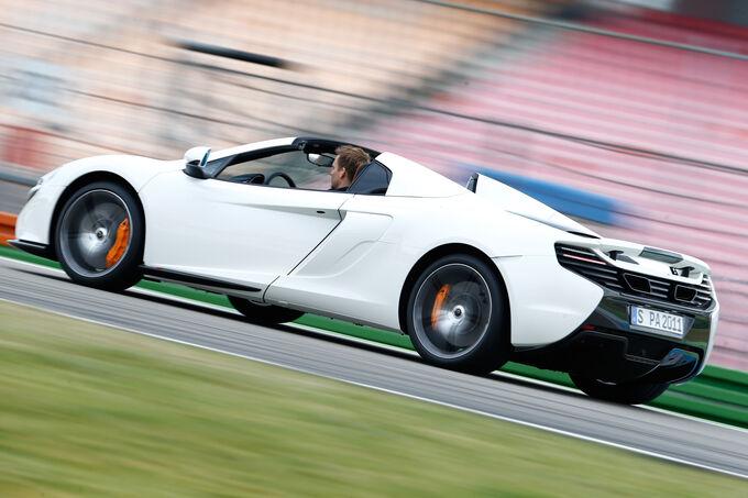 McLaren 650s Spider, Front view