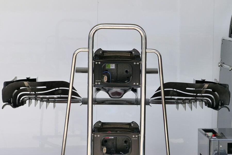 [Imagen: McLaren-Formel-1-GP-Brasilien-11-Novembe...909206.jpg]