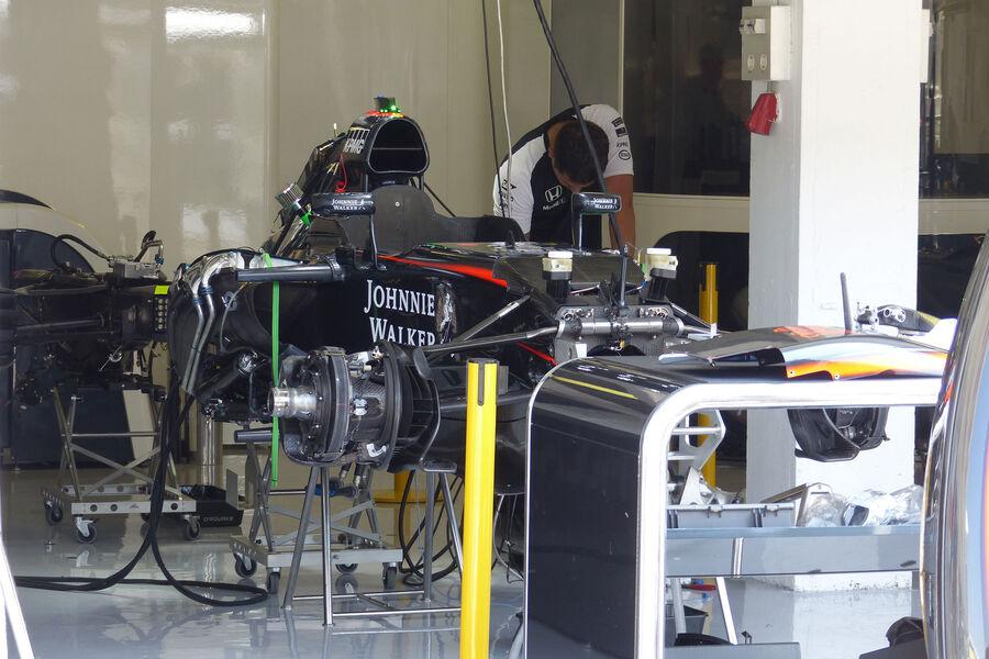 [Imagen: McLaren-Honda-GP-Ungarn-Budapest-Donners...884504.jpg]