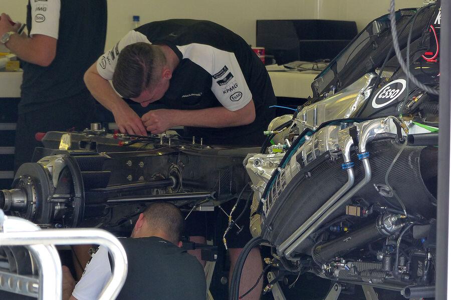 [Imagen: McLaren-Honda-GP-Ungarn-Budapest-Donners...884482.jpg]