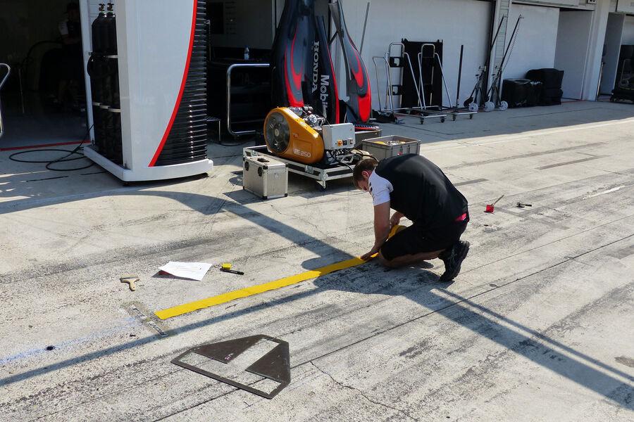 [Imagen: McLaren-Honda-GP-Ungarn-Budapest-Donners...884531.jpg]