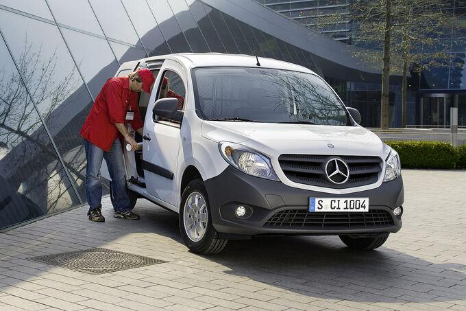 Mercedes-Citan-13-fotoshowImage-b2084bbc-587598.jpg