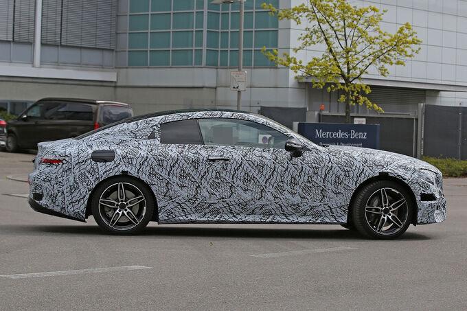 Mercedes-E-Klasse-Coup-Erlkoenig-fotoshowImage-bf382fee-944775