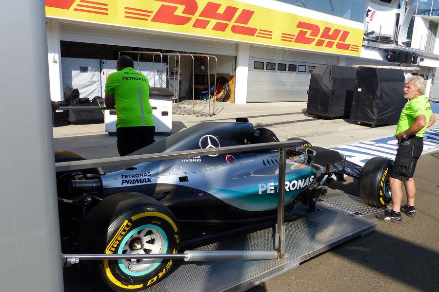 [Imagen: Mercedes-GP-Ungarn-Budapest-Mittwoch-22-...884183.jpg]