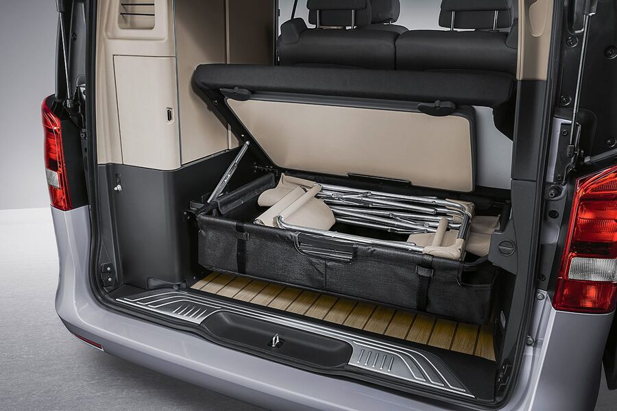 mercedes marco polo test sitting new v class based camper van photo gallery photo 25 auto. Black Bedroom Furniture Sets. Home Design Ideas