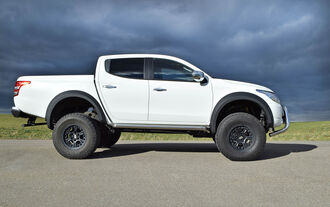 Mitsubishi L200 by delta 4x4 Beast Monster Truck