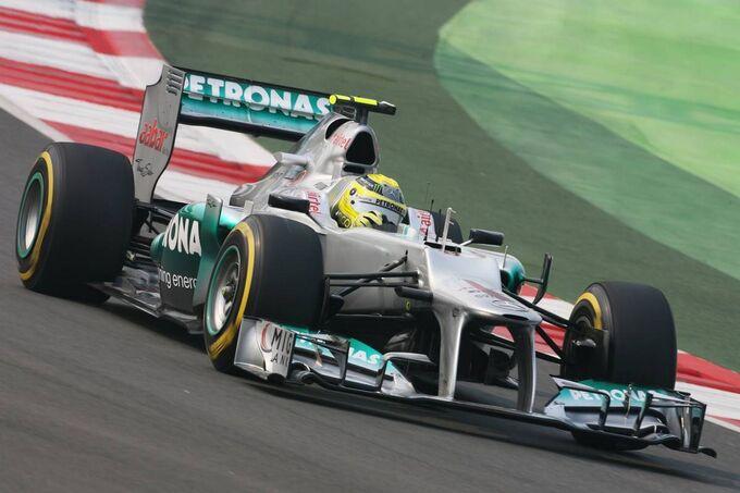 Motor Racing - Formula One World Championship - Indian Grand Prix - Qualifying Day - New Delhi, India