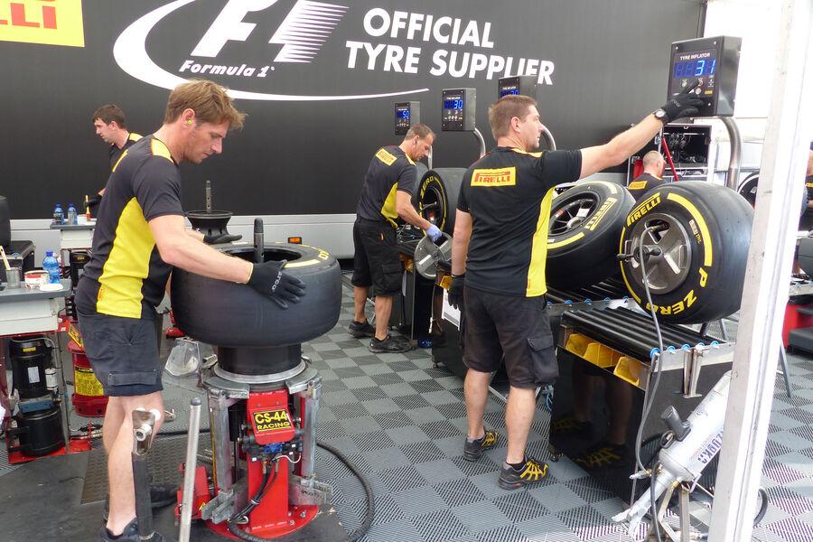http://img3.auto-motor-und-sport.de/Pirelli-GP-Italien-Monza-Donnerstag-3-9-2015-fotoshowBigImage-b9f11ab-893170.jpg