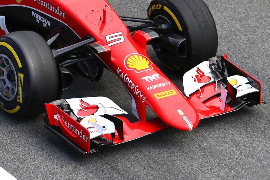 Sebastian-Vettel-Ferrari-Formel-1-Test-B