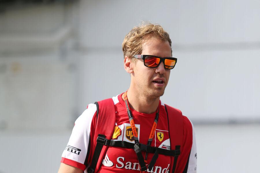 [Imagen: Sebastian-Vettel-Ferrari-GP-Ungarn-Budap...884894.jpg]