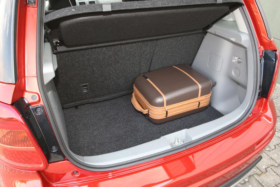 Fahrbericht Suzuki SX4 2.0 DDIS I-AWD: Züchtung eines kompakten ...
