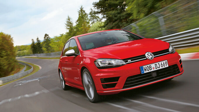 VW Golf R, Front view