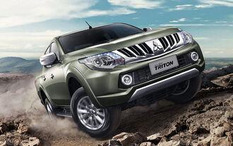 Weltpremiere Mitsubishi L200 / Triton Pickup 2015