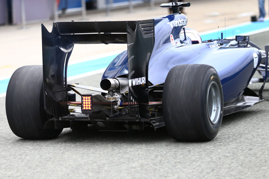 williams fw36 exhaust and diffuser formula1. Black Bedroom Furniture Sets. Home Design Ideas