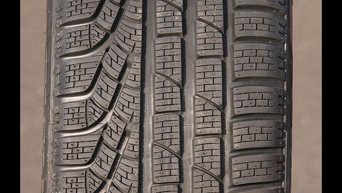 winterreifentest im format 225 45 r17 v pirelli sottozero serie 2 seite 5 auto motor und sport. Black Bedroom Furniture Sets. Home Design Ideas